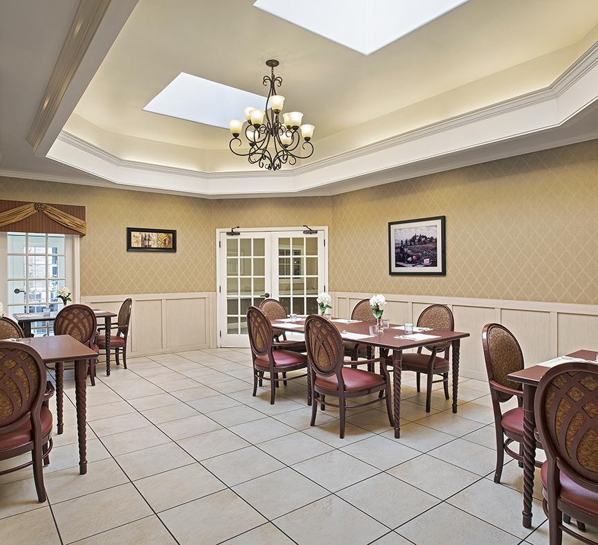 Image Gallery   Community Dining Room