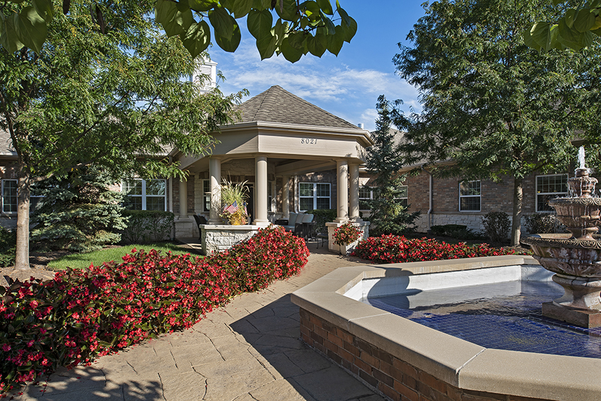 Image Gallery   Exterior Image of Charter Senior Living of Orland Park